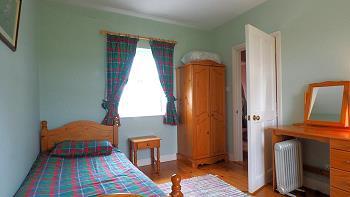 Chambre 2avec lit double et lit une personne